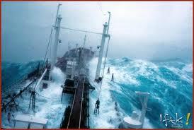 tempestade em alto mar